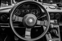 Cabine van het open tweepersoonsautoalpha- Romeo Spider Stock Foto's