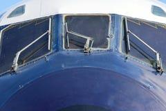 Cabine van passagiersvliegtuigen van voorzijde Stock Afbeeldingen