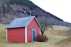 Cabine vermelha em Voss, Noruega Fotografia de Stock
