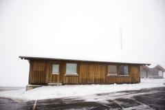 Cabinehuis boven berg in Kaunergrat-aardpark Royalty-vrije Stock Afbeelding