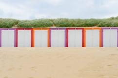 Cabines de la playa en Domburg imagenes de archivo