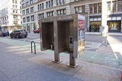 Cabines de téléphone sur Fifth Avenue photographie stock