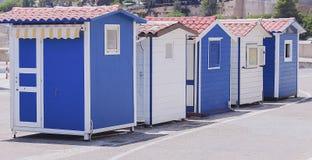 Cabines pequenas para enviar bilhetes Fotos de Stock