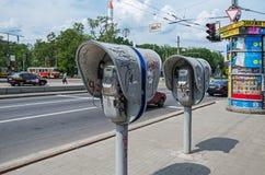 Cabines téléphoniques aux carrefours Photos libres de droits