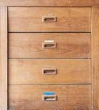 Cabinete de archivo de madera Fotos de archivo libres de regalías