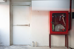 Cabinets pour des extincteurs Photographie stock