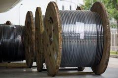 Cable électrique à haute tension image stock
