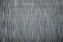 Cable de fribra óptica en carretes foto de archivo