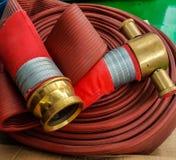 Cable de la manguera de bomberos Imagen de archivo libre de regalías