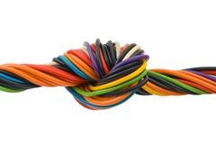 Cable del ordenador con el nudo Imagenes de archivo