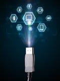 Cable eléctrico con los iconos de las multimedias Imágenes de archivo libres de regalías