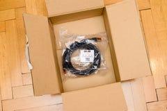 Cable rojo del Amazonas y de alta calidad superior de Duronic FTP CAT6a Imágenes de archivo libres de regalías