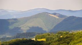 Cablecarril en los Balcanes en Bulgaria fotos de archivo