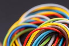 Cables électriques colorés Images stock