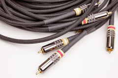 Cables de audio y vídeo del grupo Fotografía de archivo
