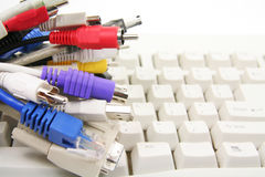 Cables del ordenador Imágenes de archivo libres de regalías