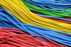 Cables eléctricos coloreados Fotos de archivo libres de regalías