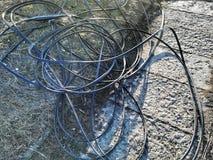 Cables quebrados después de una tormenta grande imágenes de archivo libres de regalías