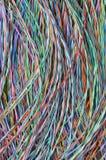 Cables y alambres coloreados de la telecomunicación Foto de archivo libre de regalías