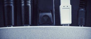 Cables y plug-in Imágenes de archivo libres de regalías