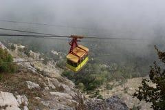 Cableway στο βουνό στοκ εικόνες με δικαίωμα ελεύθερης χρήσης