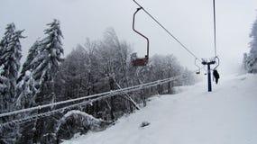Cableway i bergen Arkivbild