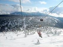 Cableway på bergen Arkivfoto
