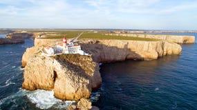 从Cabo圣维森特,萨格里什,葡萄牙灯塔的天线  库存图片