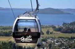 Cabo aéreo da gôndola da skyline em Rotorua - Nova Zelândia Foto de Stock Royalty Free