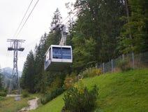 Cabo aéreo no pico de Kasprowy Wierch em montanhas de Tatra fotografia de stock royalty free