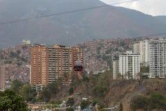 Cabo aéreo visto de Palo Verde em Caracas, Venezuela foto de stock royalty free