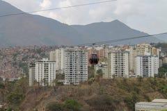 Cabo aéreo visto de Palo Verde em Caracas, Venezuela fotografia de stock royalty free