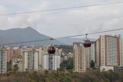 Cabo aéreo visto de Palo Verde em Caracas, Venezuela fotografia de stock