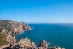 cabo da葡萄牙roca 在大西洋的峭壁,欧洲大陆的多数向西点 免版税库存图片