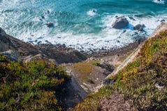 cabo da葡萄牙roca 在大西洋的峭壁,欧洲大陆的多数向西点 免版税库存照片