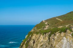 cabo da葡萄牙roca 在大西洋的峭壁,欧洲大陆的多数向西点 图库摄影