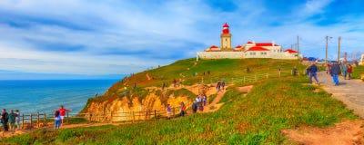 cabo da葡萄牙roca 灯塔和大西洋 图库摄影