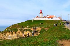 cabo da葡萄牙roca 灯塔和大西洋 免版税图库摄影