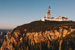 Cabo da Roca latarnia morska i Atlantyk ocean, Portugalia Zdjęcia Royalty Free