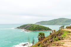 Cabo de Phromthep, opinião bonita de mar de Andaman na ilha de Phuket, Tailândia Imagem de Stock Royalty Free