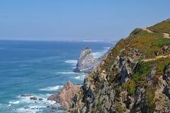 Cabo a Dinamarca Roca em Portugal imagem de stock royalty free