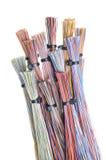 Cabo do computador da cor com cintas plásticas Fotografia de Stock