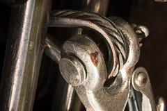 Cabo do metal com asseguração imagens de stock