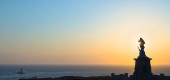 Cabo famoso Raz en la puesta del sol, Francia Fotografía de archivo libre de regalías