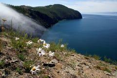 Cabo Khoboy en la isla de Olkhon, el lago Baikal, Rusia Foto de archivo libre de regalías