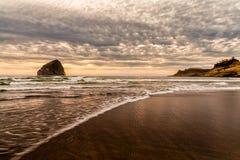 Cabo Kiwanda, Oregon no nascer do sol foto de stock royalty free
