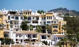 CABO PINO, ANDALUCIA/SPAIN - MAJ 6: Sikt av Cabo Pino Spain på Arkivbilder
