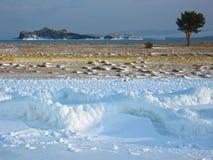 Cabo Uyuga en el lago Baikal Foto de archivo libre de regalías