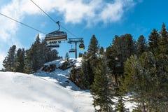 Cabografe elevadores de esqui na estância de esqui de Mayrhofen, Áustria Fotografia de Stock Royalty Free