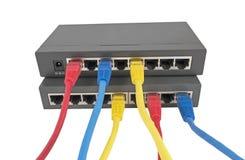 Cabos da rede conectados ao roteador Imagens de Stock Royalty Free